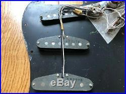 1978 Vintage Fender Stratocaster Strat Loaded Pickguard Pots 5 Way Covers Pickup