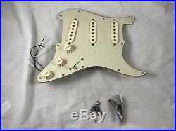2006 Fender Robert Cray Stratocaster Strat LOADED PICKGUARD