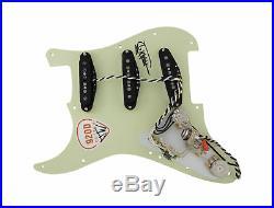 920D Custom Loaded Strat Pickguard with Fender Custom'69 Mint Green / White