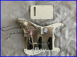 Fender American Professional Strat V-Mod Loaded Pickguard USA Stratocaster SSS