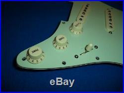 Fender American Professional Stratocaster Loaded Strat Pickguard V-Mod Pickups