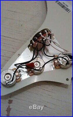 Fender Classic Series 60s Stratocaster Loaded Strat Pickguard Pickups Pots NEW