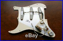Fender Custom Shop'69 Pickup Loaded Strat Pickguard Aged Cream Made in USA