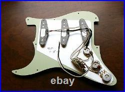 Fender Custom Shop Abby 69 Pickup Loaded Strat Pickguard 8 Hole Cream on Black