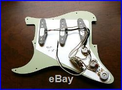 Fender Custom Shop Abby 69 Pickups Loaded Strat Pickguard Aged Cream Aged Pearl