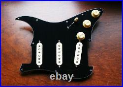 Fender Hot Noiseless Jeff Beck Loaded Strat Pickguard Aged White on Black USA