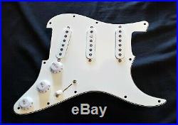 Fender Loaded Strat Pickguard USA Standard Pickups White 3 ply Pickguard