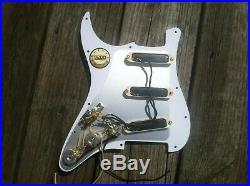 Fender Stratocaster Strat Lace Sensor Gold Loaded Perlod White Pickguard Pickups