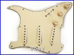 Fender Vintage Noiseless Clapton Loaded Strat Pickguard All Aged Cream USA