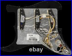 Genuine FENDER Pre-Wired FAT'50s Loaded Strat 11-Hole BLACK Pickguard