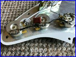 Genuine Fender USA Stratocaster Strat Loaded Pickguard Pots & 5 Way Clean