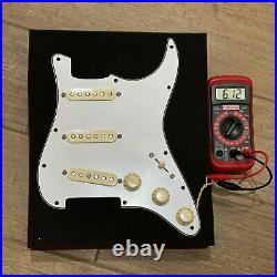 Lindy Fralin Blues Special PIO Loaded Strat Pickguard Pickup Aged White/ White