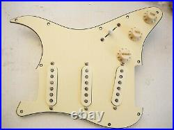 Lindy Fralin Loaded Strat Pickguard Woodstock'69 Hendrix 8 Hole Aged Cream USA