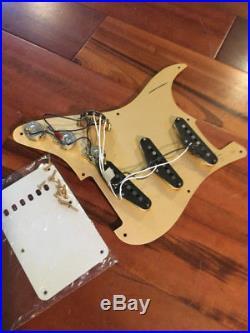 Loaded Fender Strat Stratocaster Classic'50s RI Pickups Anodized Gold Pickguard
