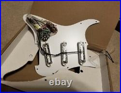 Seymour Duncan Classic Fully Loaded Liberator Pickguard for Strat